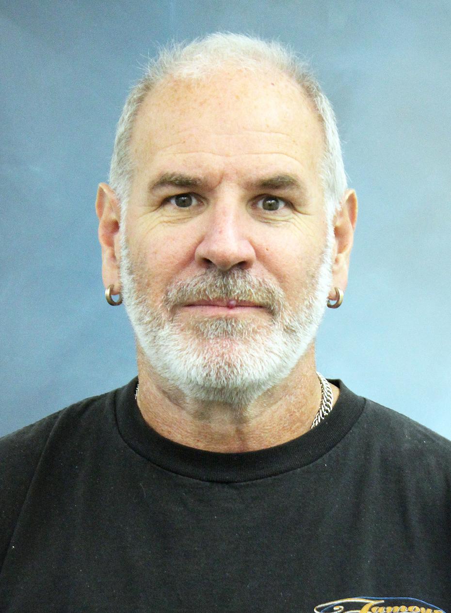 Tom Wilson : Mailroom Supervisor